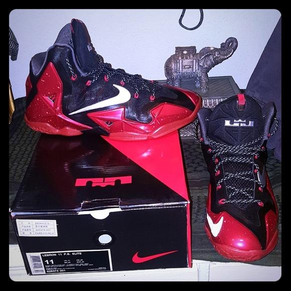 buy popular 4631f 30d6f CLEARANCE PRICED!!! Nike ® LeBron XI
